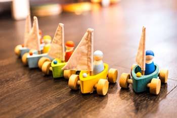 Детские игрушки для мальчика и девочки